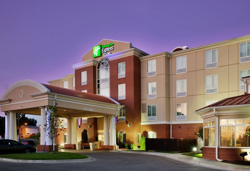 Holiday Inn Express - Grandview, MO - Genesis Companies - Construction - Hospitality